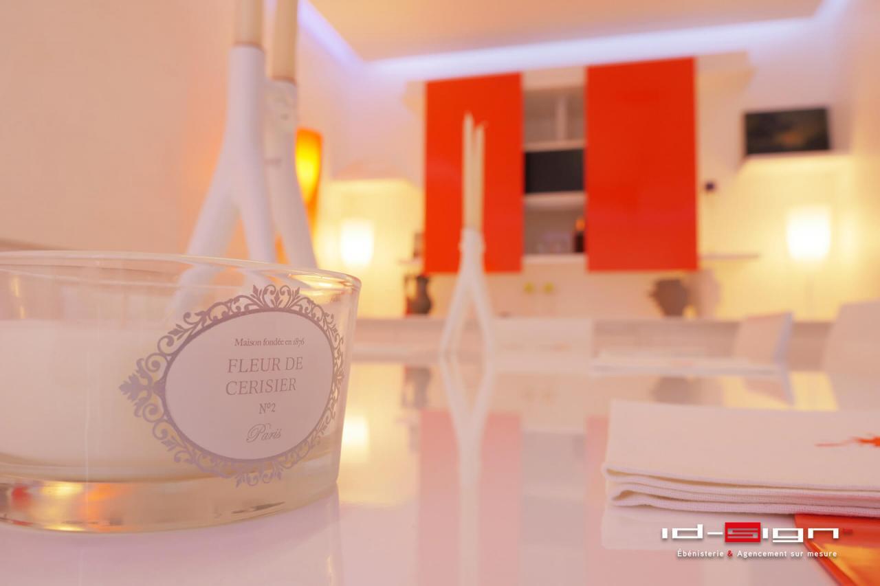 Salle à manger design blanc laqué